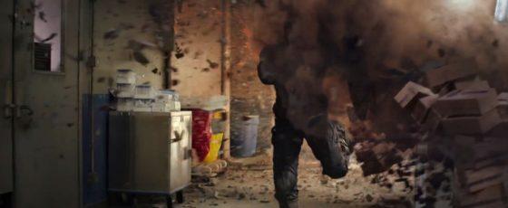 Captain America jde bezhlavě do akce.