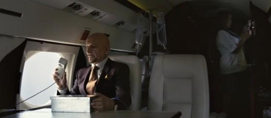 Damian Hal je miliardář, který zjistil, že umírá.