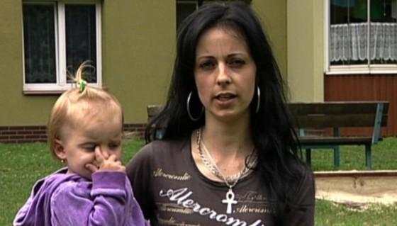 Kateřina je mladá manželka z paneláku.